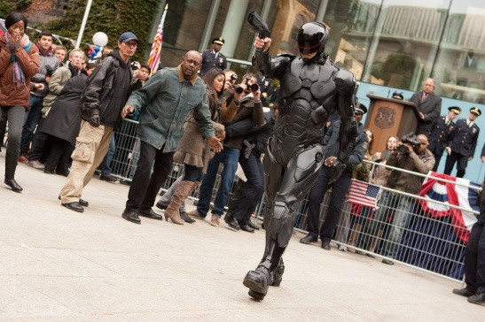 Robocop, 2014, jose padilha, joel kinnaman, paul verhoeven, omnicorp, film, action,